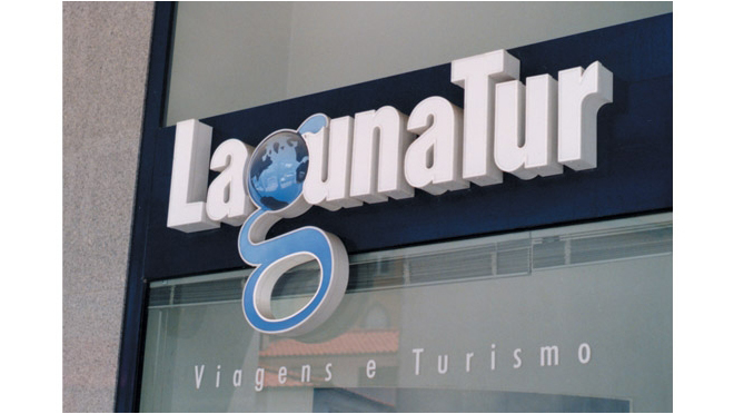 Creation of logo and branding Lagunatur